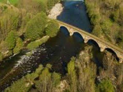 la voie verte au viaduc de Voguë