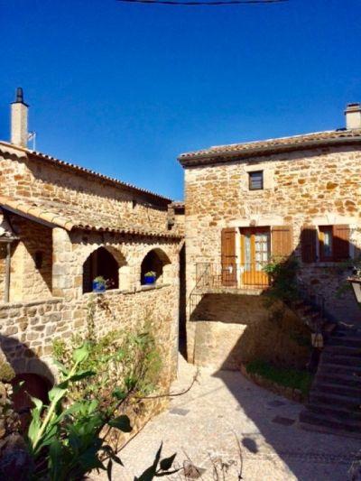 Les maisons en grès et calcaire